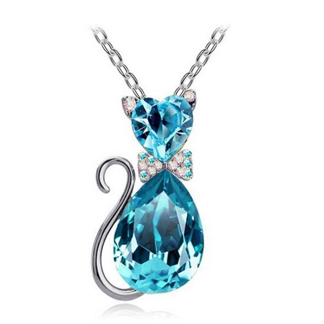 Cute Cat Pendant Necklace For Women Heart Crystal Jewelry