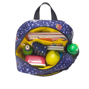 Zip and Zoe by Babymel Junior backpack spaceman, open view, filled with books, pencil cases and snacks | school bags for boys | boys backpack | school bags for girls | backpacks for girls | kids school bags | kids backpacks