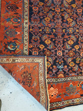 Load image into Gallery viewer,  Best Bidjar Rugs