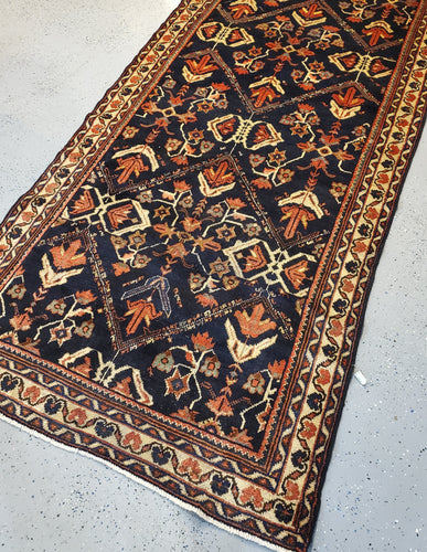 Best Antique Persian Mahal Carpets for Sale