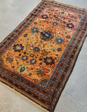 Load image into Gallery viewer, area rug runner floral rug and carpet