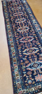 hand Knotted rugs and carpets