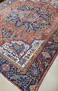 Persian Heriz Carpet, Antique Rugs and Carpets Circa 1930s