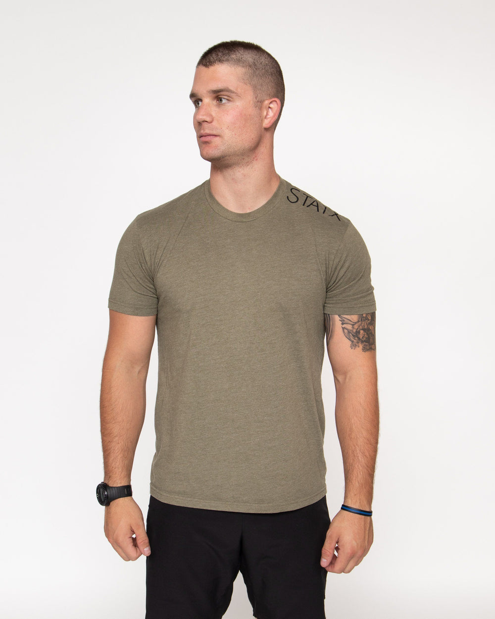 TRAP LOGO TEE Men's Tee STAIX S OLIVE
