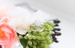 "Memories in Threads - Olivia ""Oval"" Ring"