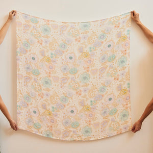 Banabae Organic Cotton Swaddle - Apple Blossom