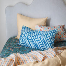 Load image into Gallery viewer, Sage & Clare Fifi Linen Pillowcase Set
