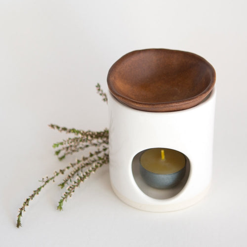 Kim Wallace Ceramic Oil Burner- Classic White + Rust