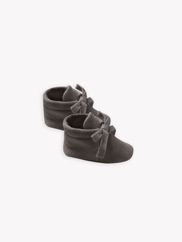 Quincy Mae Ribbed Baby Booties - Coal