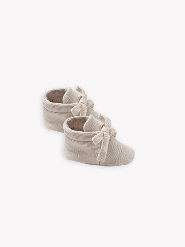 Quincy Mae Ribbed Baby Booties - Stone