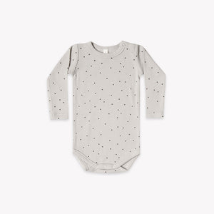 Quincy Mae - Long Sleeve Ribbed Onesie - Dove
