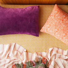 Load image into Gallery viewer, Sage & Clare Simo Velvet Pillowcase - Boysenberry