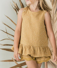 Load image into Gallery viewer, Rylee + Cru - Seed Scallop Short - Saffron
