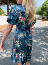 Load image into Gallery viewer, Silky Dress In Teal Floral Print