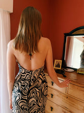 Load image into Gallery viewer, Printed Backless Dress
