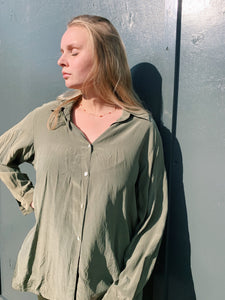 Silk Button Shirt in Khaki Green