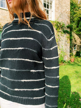 Load image into Gallery viewer, Knitted Jumper In Black