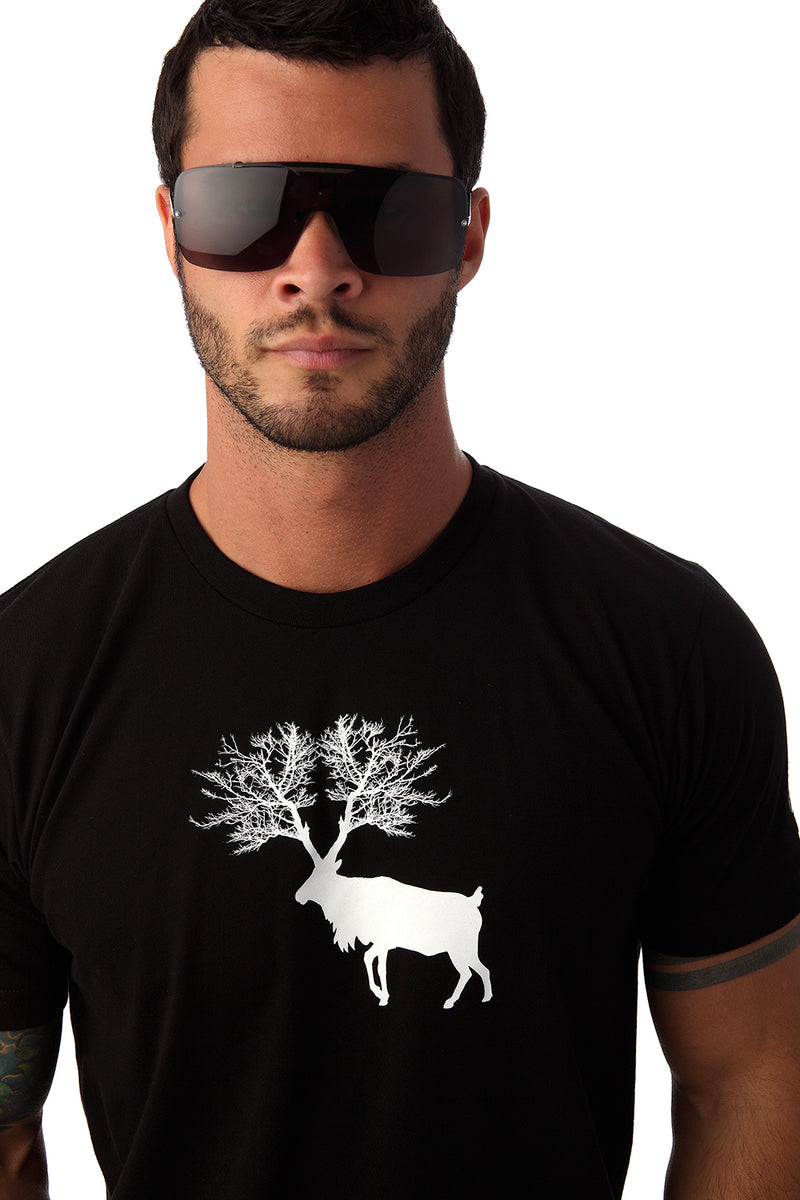 Caribou T-Shirts for Men Black Cool Organic Local Canada Quebec