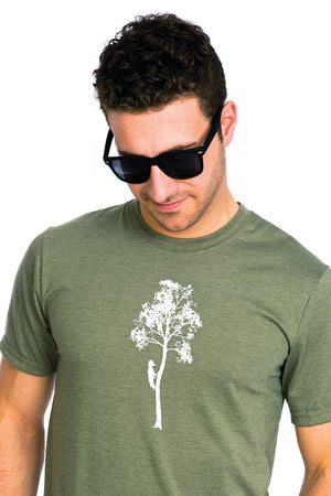 Wood pecker Tree Shirt Pic bois Arbre chandail Quebec Nature Sauvage Oiseau
