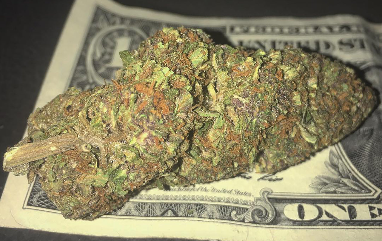 How much is an ounce of weed worth