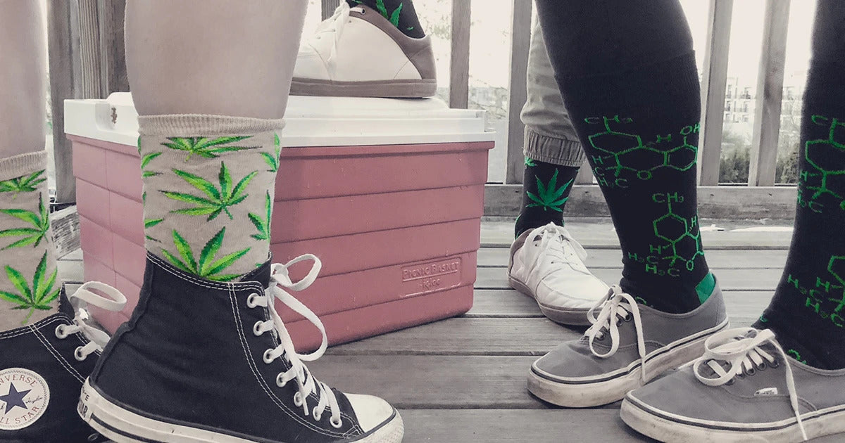 10 best weed socks on Amazon - no3 are amazing!