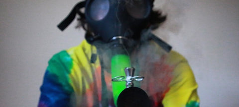 5 Best Gas Mask Bongs You've Ever Seen - no.3 is crazy!