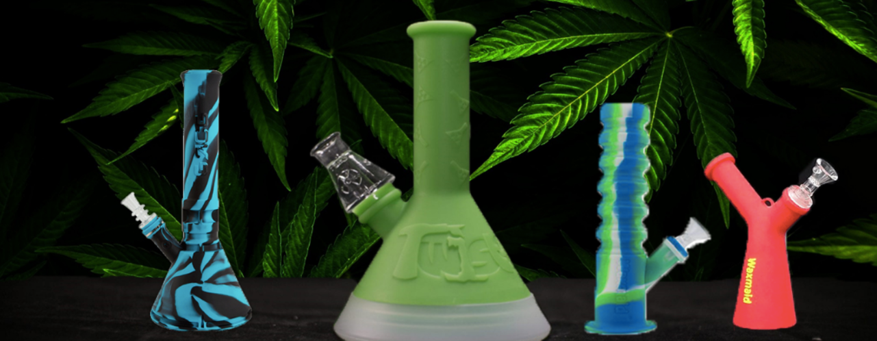 11 Best Silicone & Acrylic Bongs - every budget covered!