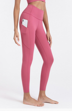 Load image into Gallery viewer, Revolve High Waist Pocket Legging