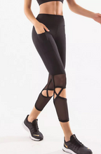 Load image into Gallery viewer, Hollow Out Capri Legging