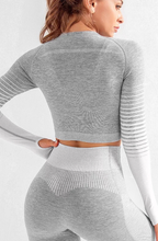 Load image into Gallery viewer, Seamless Rib Long Sleeve Crop top