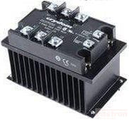 HS103DR + FTH12053ZD3, Three Phase Solid State Relay 4-32VDC Control, 3 x 21Amp, 48-530VAC Load, LED Status Indicator