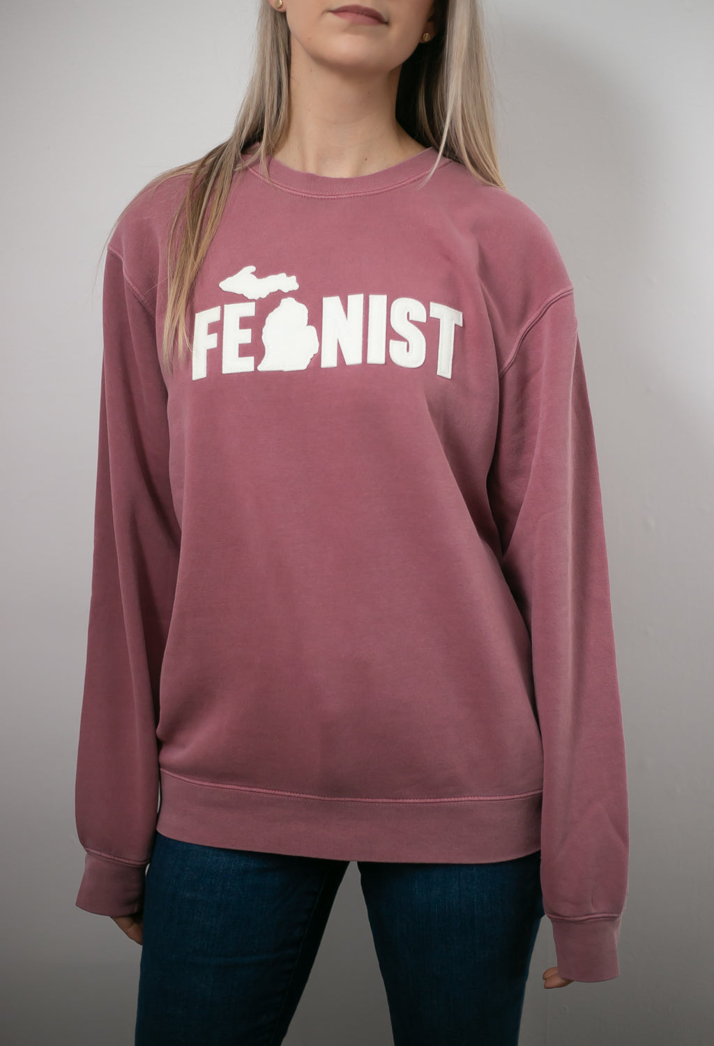 Michigan Fem Faded Maroon Worn Crew