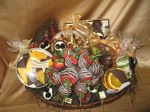 Chocolate Fresh Fruit Basket