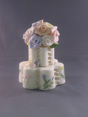 Mini Wedding Cake with Flowers