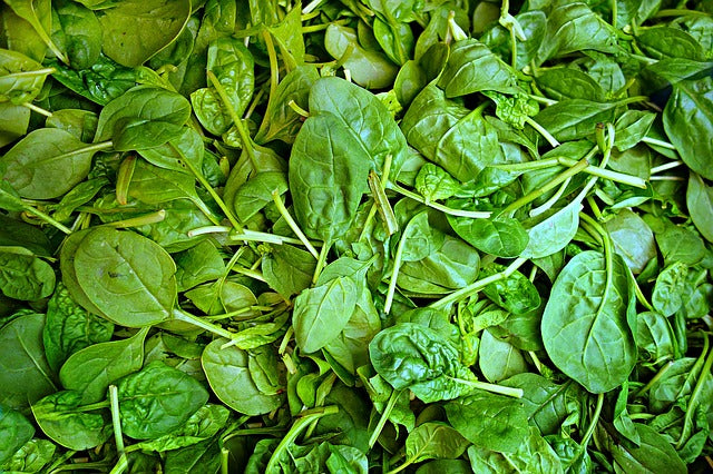 4 Benefits of Eating Greens
