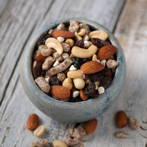 Yogurt, Date & Nut Trail Mix