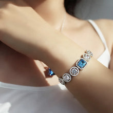 Load image into Gallery viewer, Statement Bracelet With Round Zirconia