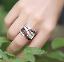 Load image into Gallery viewer, Baguette Stone Ring