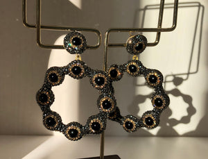 The Black Silver Daisy Earrings With Swarovski Stones