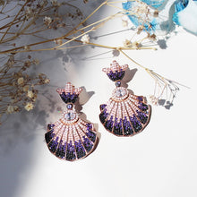 Load image into Gallery viewer, Seashell Earrings