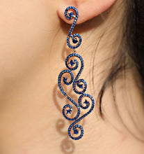 Load image into Gallery viewer, Lace Design Blue Earrings