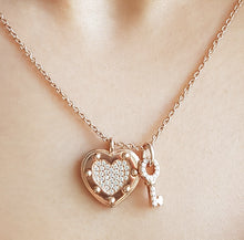 Load image into Gallery viewer, Key To My Heart ❤️ Necklace - Rose