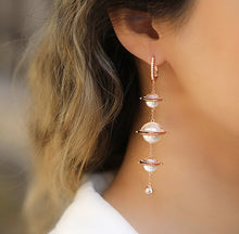 Load image into Gallery viewer, Rose Gold Plating Pearl Statement Earrings