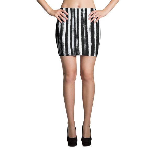 Black in The Rye Mini Skirt