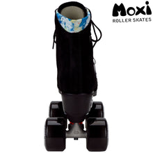 Load image into Gallery viewer, Moxi Lolly Classic Black Roller Skates