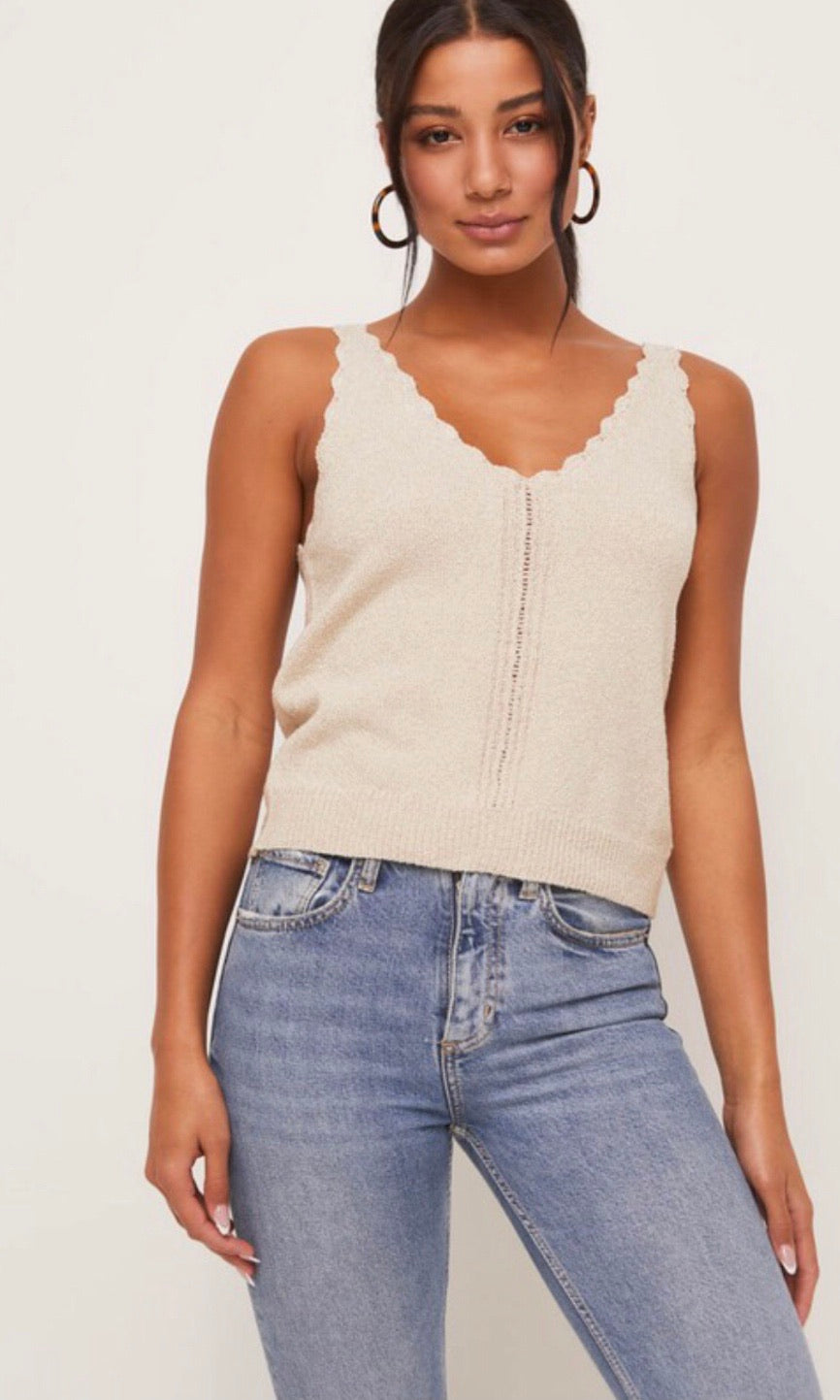 CANDICE SCALLOP TOP