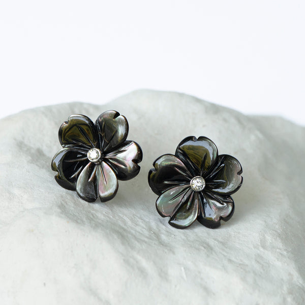 Dark gray Peacock Flower earstuds mother of pearl diamond and 18kt gold stud fittings