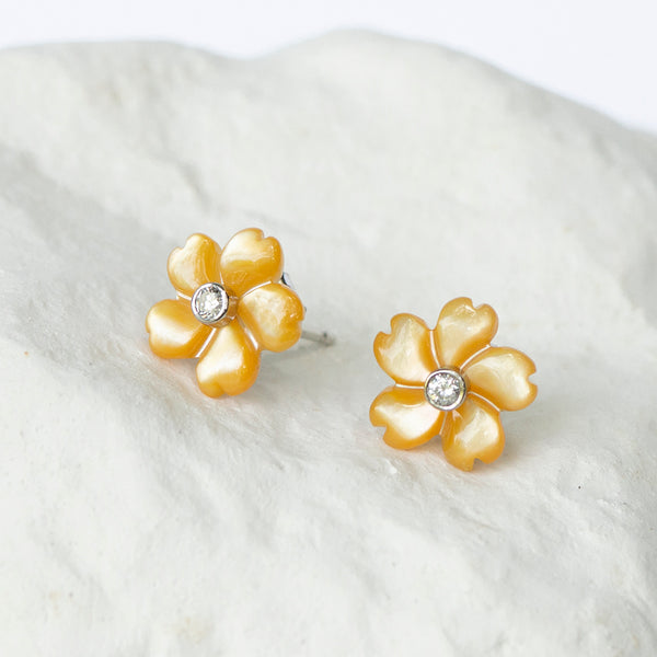 Canary yellow flower earstuds diamond set white gold