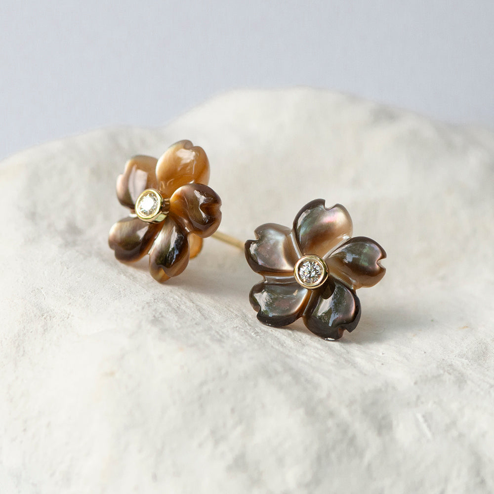 Caramel Coffee brown Flower earrings mother of pearl diamond and 18kt yellow gold stud fittings