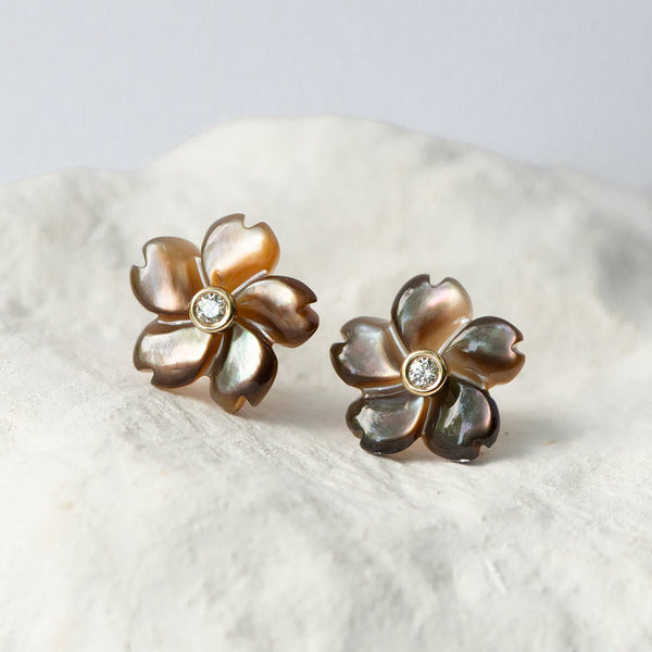 Caramel Brown Flower earrings mother of pearl diamond and 18kt yellow gold stud fittings